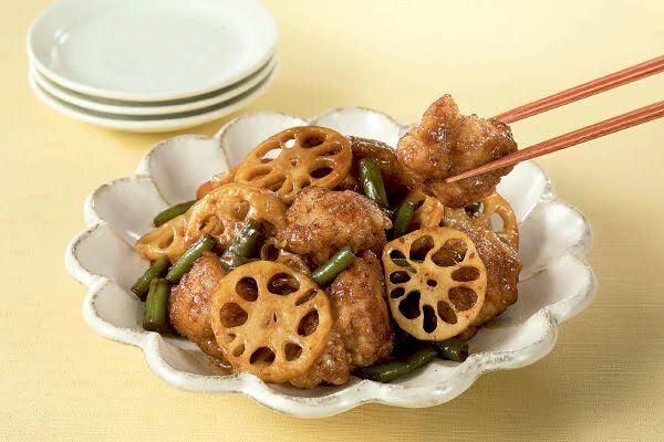 茨城県産レンコンを使った鶏とレンコンの甘辛炒め
