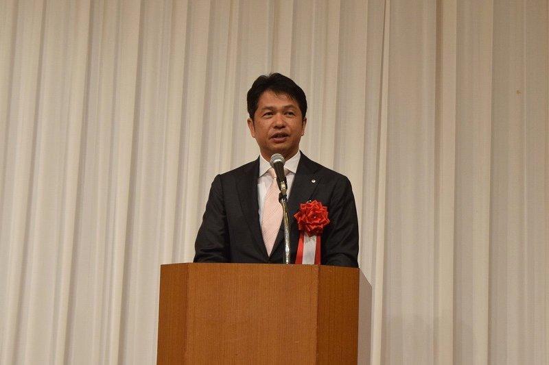 挨拶する茨城県知事 大井川和彦様