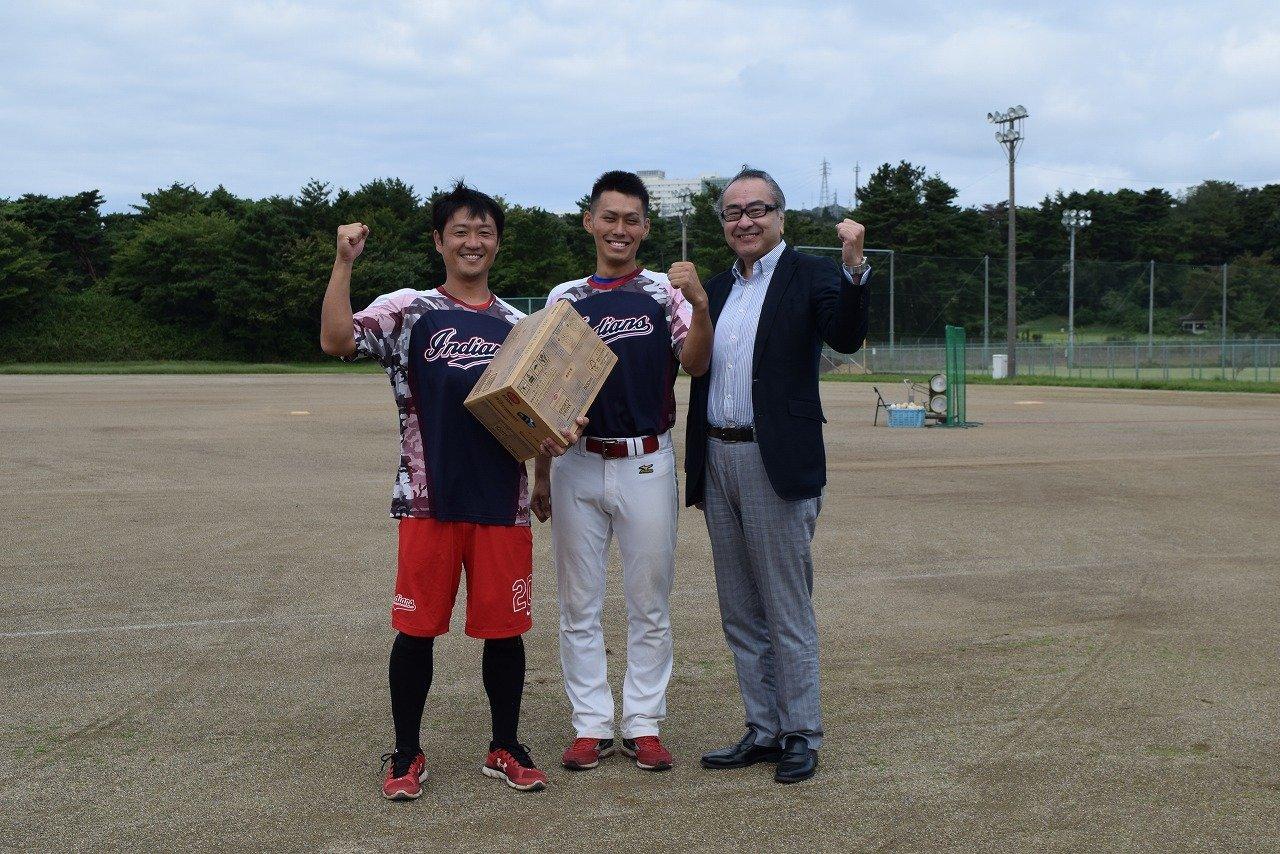左から  監督 吉田 貴洋様 いばらきコープ職員 石川 翔太さん 柴崎専務